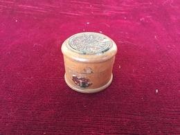 Parfumerie Ancienne, Boite En Bois Ancienne, Firouza De Bichara, Pour La Beauté Des Ongles - Miniatures Anciennes (jusque 1960)