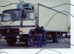 PHOTO COULEUR. CAMION RENAULT . - Automobiles