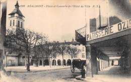 TARN  81  REALMONT  PLACE ET COUVERTS DE L'HOTEL DE VILLE - Realmont