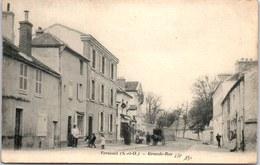 78 VERNEUIL - Un Coin De La Grande Rue - - Verneuil Sur Seine