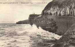 SAINT JEAN DE LUZ Descente De La Digue à La Pointe Ste Barbe  RV - Saint Jean De Luz