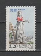 """FRANCE / 1989 / Y&T N° 2593 ** : """"Bicentenaire De La Révolution"""" (Mme Roland) - Gomme D'origine Intacte - Unused Stamps"""