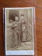 Couples    N° 2     Archibald Burns à Edinburgh - Oud (voor 1900)