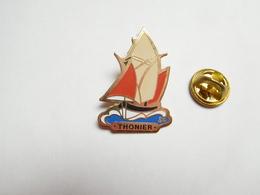 Beau Pin's , Marine Bateau Voilier , Thonier , Pêche En Mer - Barcos