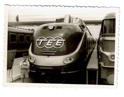 Photo 10 Cm X 7 Cm - 1958 - TEE - Trans Europ Express - Bruxelles - 2 Scans - Treinen