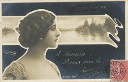 Superbe Art Nouveau Profil Cavalieri Née à Viterbo Ecrite Encre Blanche Vers  Richer Instituteur Broiuze - Opéra