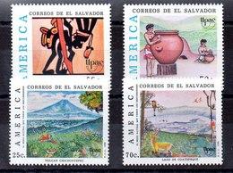 Serie De El Salvador N ºYvert 1059/60+1087/88 ** UPAE - El Salvador