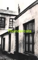 OUDE FOTO +/- 1960 OOSTENDE 17 CM X 12 CM ANCIENNE PHOTO OSTENDE IMPAS DE BRICK  ST FRANCISCUSSTRAAT - Lieux