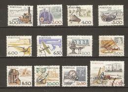 Portugal - 1978/81 - Instruments De Travail -  Petit Lot De 12 Timbres° - Stamps