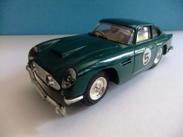 SCALEXTRIC Triang ASTON MARTIN DB 4 GT MM / C 68 Verde N 5  Made In England - Circuitos Automóviles