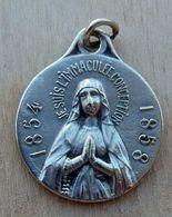 Médal-375 Médaille Ancienne Souvenir De L'Année Mariale 1854-1858 - Religione & Esoterismo
