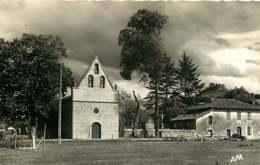 190619 - 82 SAINT HILAIRE DURFORT L'église Le Presbytère Et Le Château De La Motte - APA - Frankrijk