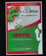 "Etiquette Fromage Tosca Donna Mozzarella Française  Onetik Macaye 64 "" Femme Masque"" - Formaggio"