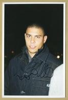 Ronaldo - Brazilian Footballer - Rare Early Signed Photo - Paris 90s - COA - Autographes