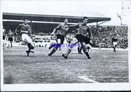 114185 SPORTS  FUTBOL SOCCER NORTH KOREA Vs ITALY WORLD CUP MUNDIAL 1966 PHOTO NO  POSTAL POSTCARD - Fussball