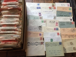 Philatélie - Marcophilie - Boite De Plusieurs Centaines D'enveloppes Avec Pubs , Cachets , Marques , Timbres , Affranchi - Marcophilie (Lettres)