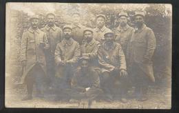 Carte Photo Soldats Du 61ème Régiment  D'Infanterie - Non Circulée - Uniformes