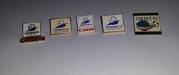 Lot De 5 Pin's Football / Coupe Du Monde 98 (logo, Canon,...) - Football