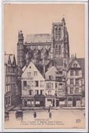 CPA -  ABBEVILLE - Place Courbet Et église Saint Vulfran - Abbeville