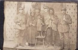 AK Foto Craiova - Deutsche Soldaten Mit Einheimischer Familie - Juni 1917 (41965) - Rumänien