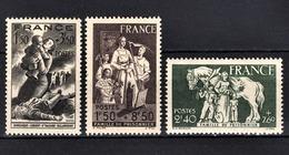 FRANCE 1943 - LOT 3 TP NEUFS*  Y.T. N° 584 / 585 / 586 / - France
