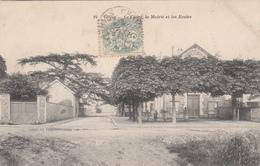 78 - VELIZY - Le Cèdre, La Mairie Et Les Ecoles - Velizy