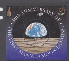 Fiji SG MS 1058 1999 Moonlanding ,Miniature Sheet,mint Never Hinged - Fiji (1970-...)