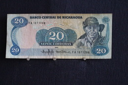 58 / Nicaragua , Banco Central De Nicaragua 1985 . Vente 20 Cordobas -   /  N° FA 1071208 - Nicaragua