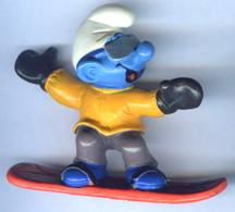 Figurine Vintage SCHTROUMPF Snowboard © 1997 PEYO SCHLEICH Germany CE - Schtroumpfs