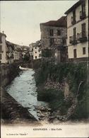 Cp Granada Andalusien Spanien, Una Calle, Flusspartie Mit Häusern Im Ort, Brücke - España