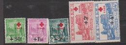 TUNISIE       N° YVERT  :  305/309 NEUF SANS CHARNIERE     ( NSCH 1/22  ) - Tunisie (1888-1955)