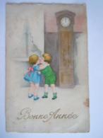 Bonne Année Kinderen Kus Horloge Enfants Baiser Gelopen Circulée 1932 Gevlekt Taches Edit HBM 3550 Timbre Enlevé - New Year