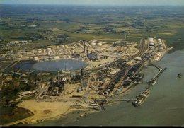 CPM - Donges : Vue Générale Du Port Et Les Raffineries - Frankreich