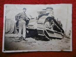 TANK FRANCAIS PHOTO 8.5 X 6 - War, Military