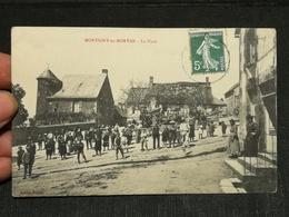 CPA 58 - MONTIGNY EN MORVAN, La Place - Autres Communes