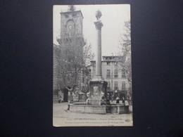 Carte Postale  - AIX EN PROVENCE (13) - Place De L'Hôtel De Ville - (1782/1000) - Aix En Provence