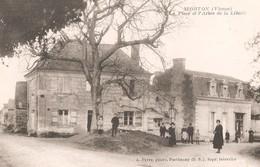 MORTON - La Place Et L'Arbre De La Liberté - France