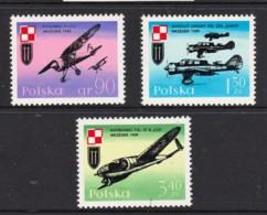Poland 1971 World War II Aircraft Set Of 3 MNH - 1944-.... Republic