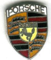 Pin's Voiture Automobile écusson Logo Porsche (1,4 Cm X 1,9 Cm) - Porsche