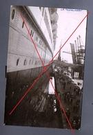 Ref P2 - Carte-photo Animée Paquebot NORMANDIE Ship Boat Bateau - Embarquement Port à Situer - écrite 1937 Sans Traits - Piroscafi