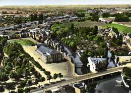 CPSM Grand Format EN AVION AU DESSUS DE ... MONTARGIS (Loiret) La Salle Des Fetes Colorisée RV LAPIE - Montargis