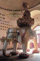 1 AK China * Samantabhadra - Sitzt Auf Einem Lotus, Der Von Einem Weißen Elefanten Mit Sechs Stoßzähnen Getragen Wird * - China