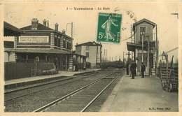 #200619C - 69 VERNAISON La Gare - Chemin De Fer Chef De Gare Train - Autres Communes