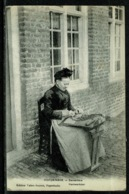 Ref 1309 - Early Ethnic Postcard - Lace Maker Poperinghe Belgium - Embroidery Sewing - Europe