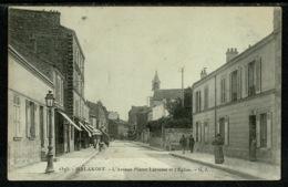 Ref 1309 - 1906 Postcard - L'Avenue Pierre Larousse Et L'Eglise - Malakoff France - Malakoff