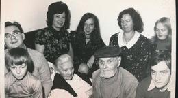 KRUISHOUTEM   --  FOTO 1973 = 17 X 13 CM ==    FAMILIE IN BLIJDE VERWACHTING - Kruishoutem