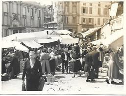 ANGOULEME PHOTO ORIGINALE INEDITE LA CORBEILLE DU MARCHE COUVERT ANNEES 40 - Angouleme