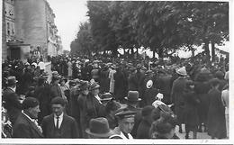 ANGOULEME CARTE PHOTO ORIGINALE INEDITE FOULE AU CONGRES EUCHARISTIQUE 1939 - Angouleme