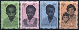 St.Vincent 1979 Set Of Stamps Commemorating International Year Of The Child. - St.Vincent (...-1979)