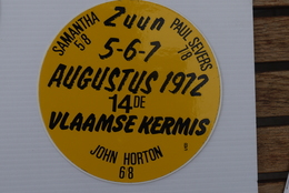 Zuun 1972 Kermis Samantha Paul Severs John Horton Sticker - Autocollants